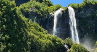 Водопад Поликаря в Адлере